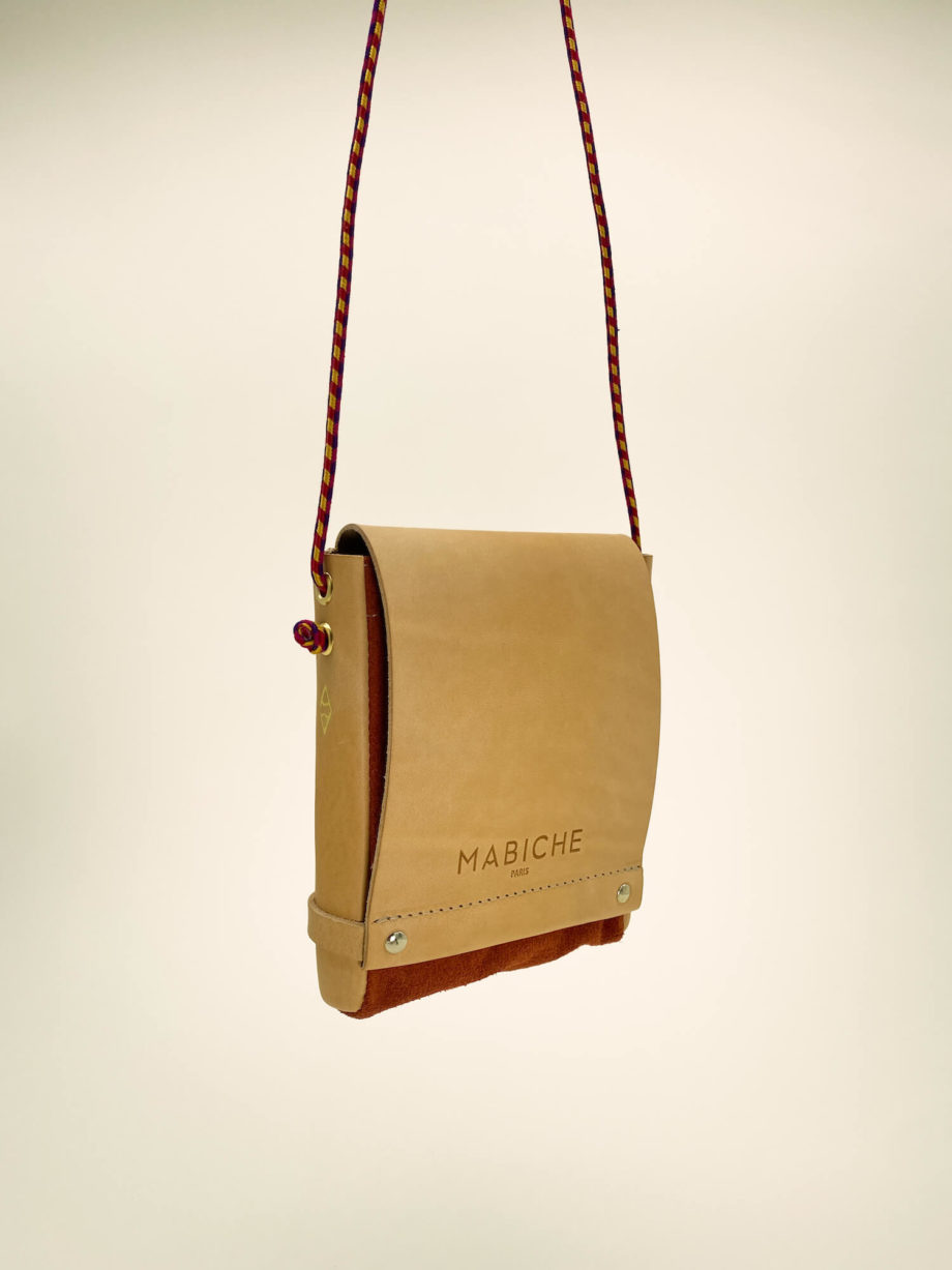 mabiche-paris-pochette-loulou-naturel-terracotta-suspendu-cuir-tannage-vegetal-fabrication-francaise